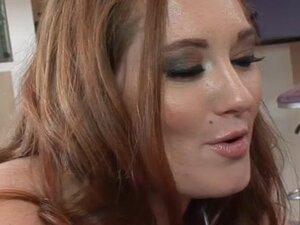 Crvenokosa drolja. WCPClub video snimaka: Mylie Moore, crvena glava drolja igracke i jebe crni kurac