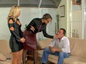 Watch mistress adult videos at XXXJOJO.COM