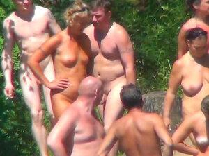 Voajer vruće scene iz nudista plaža