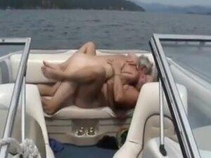 Svingeri brod rogonja kurac,